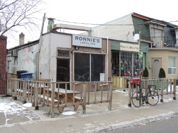 Kensington Market ronnies